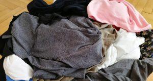 Korb mit Wäsche