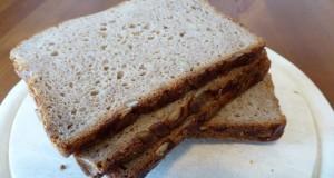Frisches Brot aus den Brotautomaten