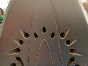 Dampfdüsen am Bügeleisen