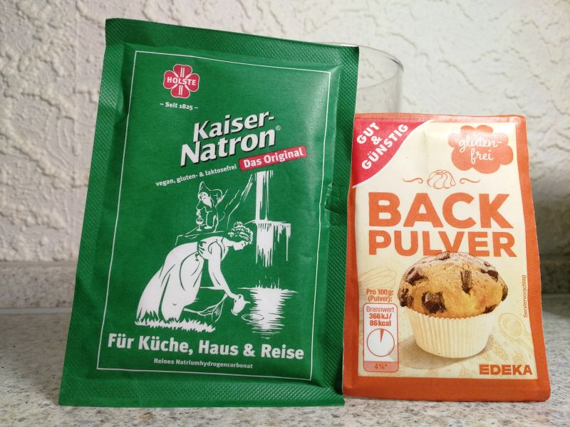 Backpulver und Natron Packung