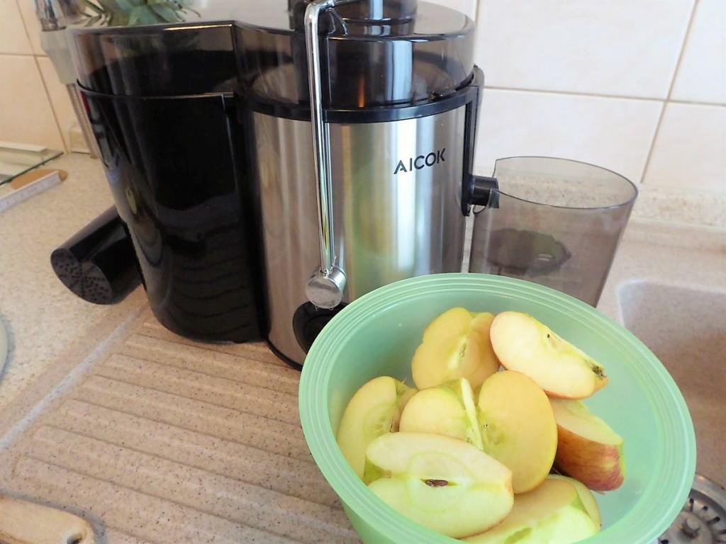 Die vorbereiteten Äpfel für unseren Apfelsaft